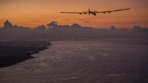 L'avion solaire réussit sa traversée du Pacifique