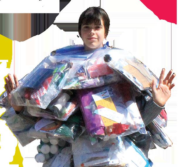 Une robe faite à partir du bac de recyclage