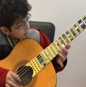 Un manche de guitare en LEGO!
